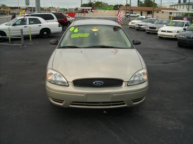 2006 FORD TAURUS SE silver all power equipment is functioning properly  vehicle is defect free
