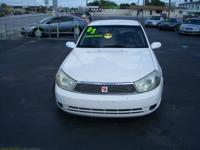 2003 SATURN L SERIES L-200 AUTO white extra clean inside and out low miles only no dents no acc