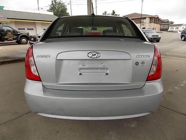 2009 Hyundai Accent GLS 4dr Sedan - New Castle PA