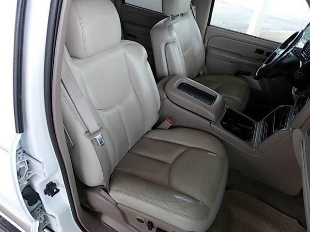 2004 GMC Yukon XL 1500 SLT 4WD 4dr SUV - New Castle PA