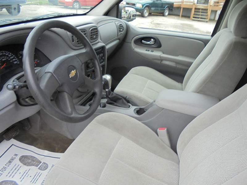 2005 Chevrolet TrailBlazer EXT LS 4WD 4dr SUV - Uniontown PA
