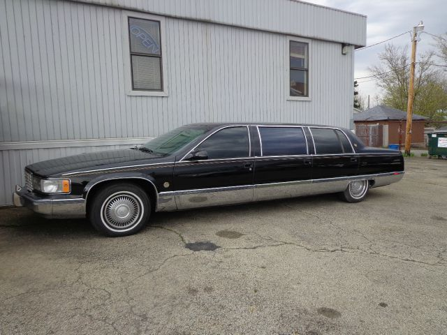 Used cadillac fleetwood for sale for Paramount motors taylor mi