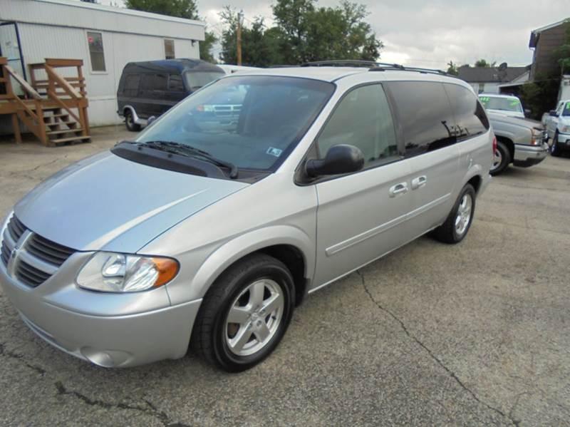 2006 Dodge Grand Caravan SXT 4dr Extended Mini-Van - Uniontown PA