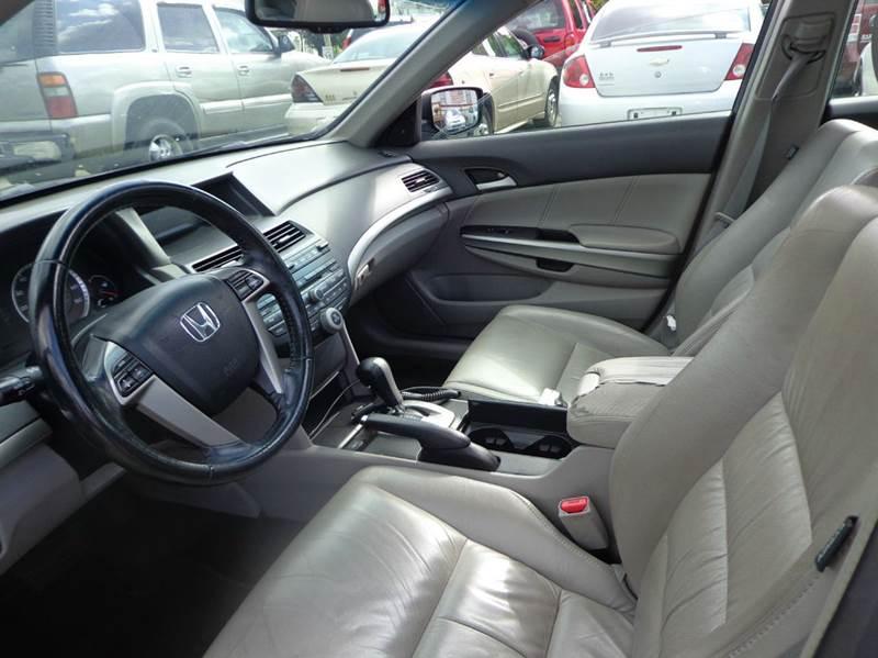 2009 Honda Accord EX-L 4dr Sedan 5A - Uniontown PA