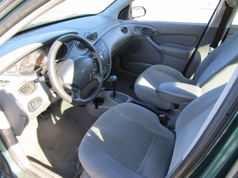 2000 Ford Focus SE 4dr Sedan - Dunlap IL