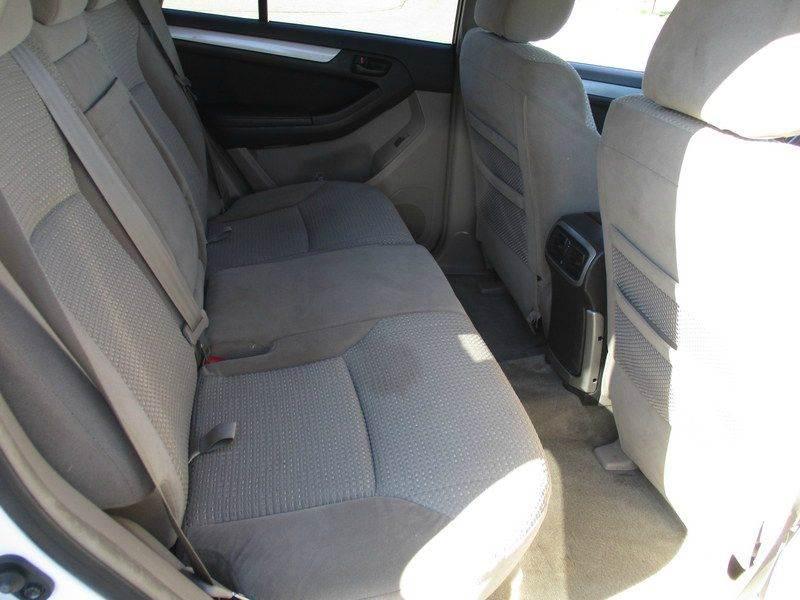 2004 Toyota 4Runner SR5 4WD 4dr SUV - Springfield MA