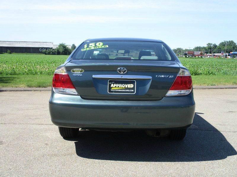 2005 Toyota Camry XLE 4dr Sedan - Springfield MA