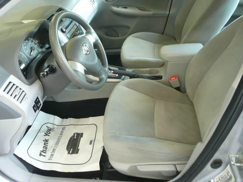2010 Toyota Corolla LE 4dr Sedan 4A - Springfield MA