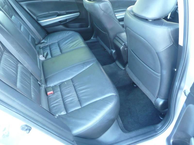 2009 Honda Accord EX-L 4dr Sedan 5A - Springfield MA