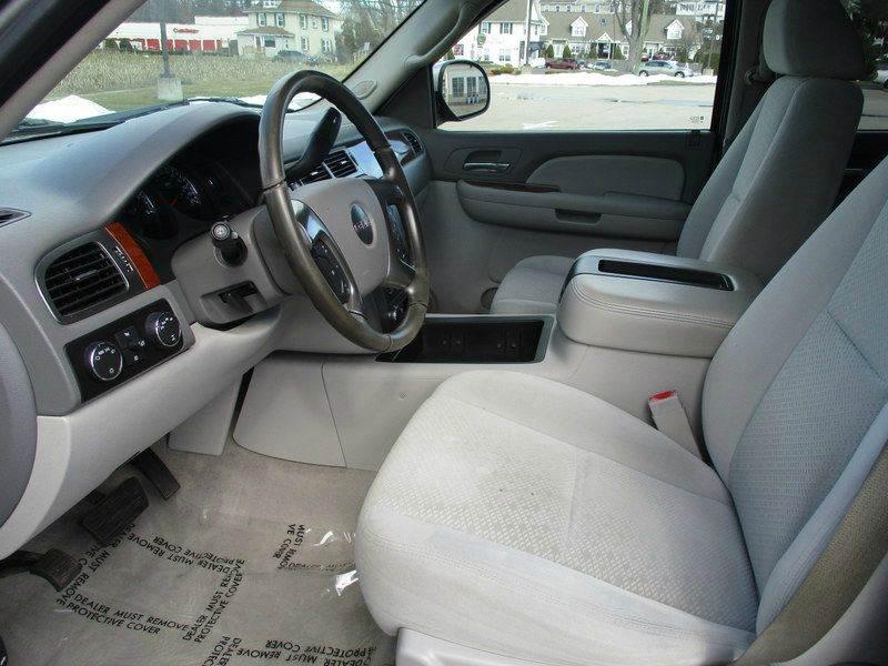 2007 GMC Yukon SLE 4dr SUV 4WD w/3SA - Springfield MA