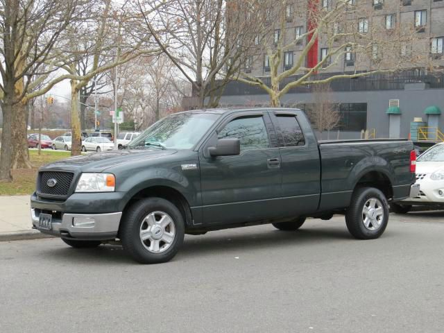 2004 Ford F-150 for sale in Roosevelt NY