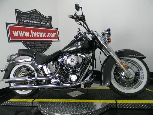 2005 Harley-Davidson FLSTN