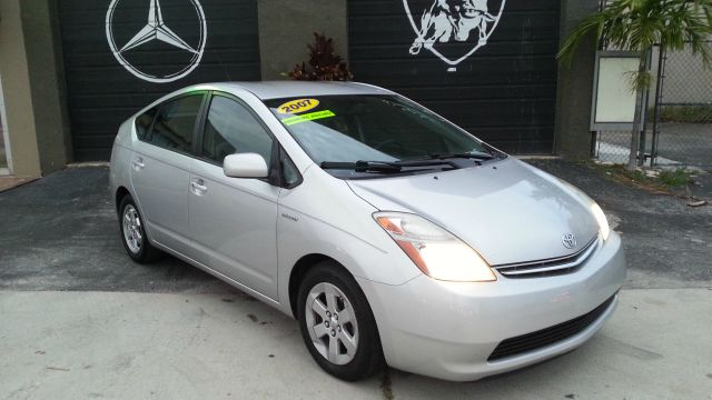 2007 TOYOTA PRIUS 4-DOOR LIFTBACK silver abs brakesair conditioningalloy wheelsamfm radioanti