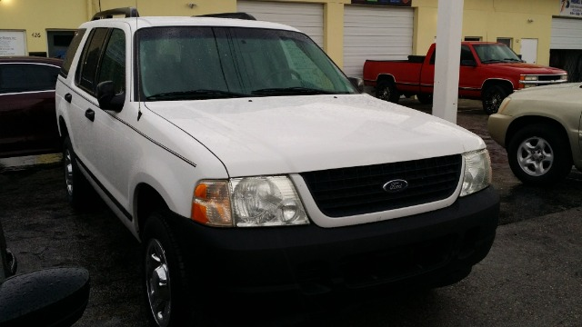 2005 FORD EXPLORER XLS SPORT 40L 2WD white abs brakesair conditioningalloy wheelsamfm radioa