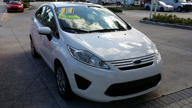2011 FORD FIESTA S SEDAN white abs brakesair conditioningamfm radioanti-brake system 4-wheel