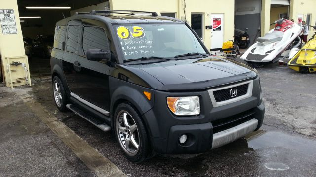 2005 HONDA ELEMENT EX 2WD 4-SPD AT black financiamos a todos los tipos de credito garantizadolice