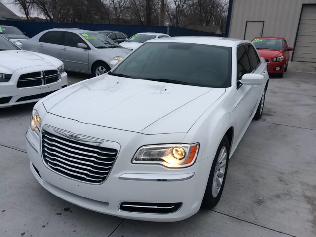 2012 Chrysler 300 for sale in Tulsa OK
