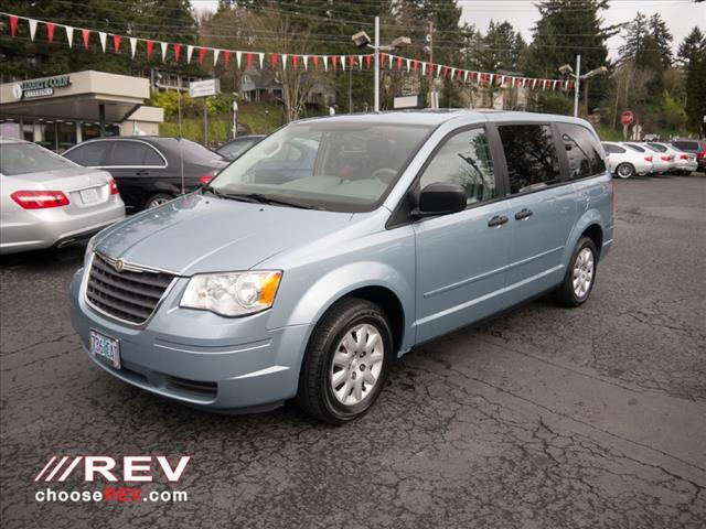 Used 2008 chrysler town and country lx mini van passenger for Rev motors portland or