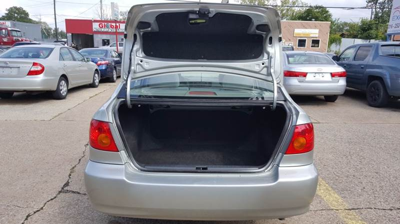 2004 Toyota Corolla LE 4dr Sedan - Cleveland OH