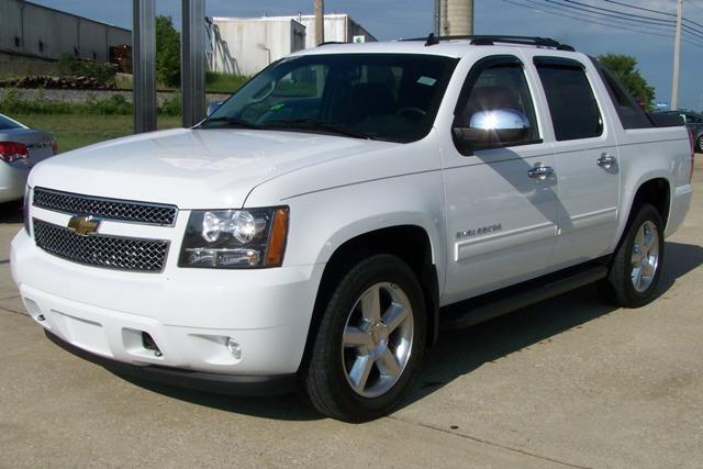 للبيع سيارات امريكية مستعملة بغاية