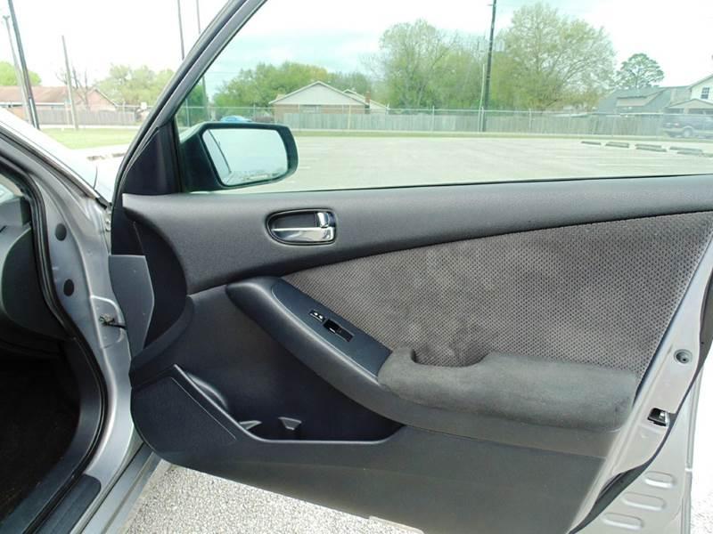 2008 Nissan Altima 2.5 S 4dr Sedan CVT - Houston TX