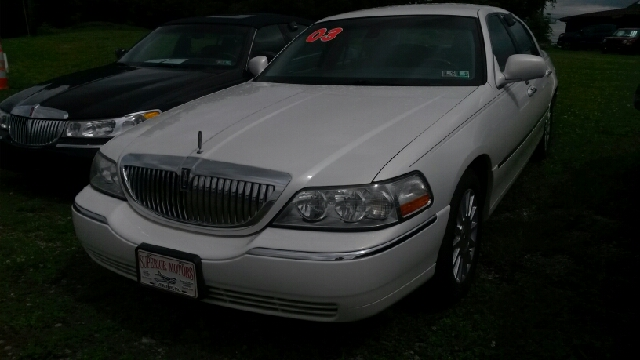 2003 Lincoln Town Car for sale in Latrobe PA