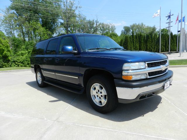 Used 2003 chevrolet suburban for sale for Dynasty motors baltimore md