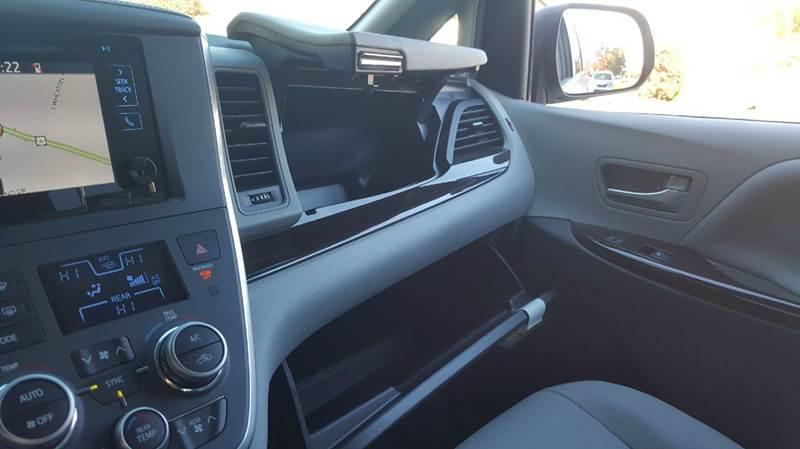 2016 Toyota Sienna XLE 8-Passenger 4dr Mini-Van - Seekonk MA