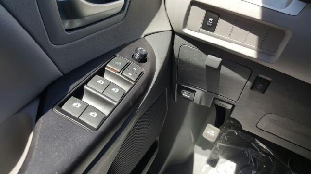 2016 Toyota Sienna LE Mobility 7-Passenger 4dr Mini-Van - Seekonk MA