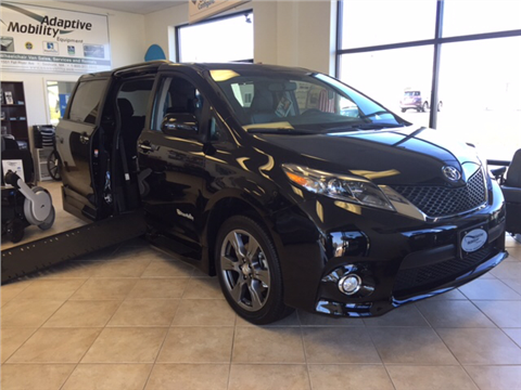 2017 Toyota Sienna Sport Loaded for sale in Seekonk, MA