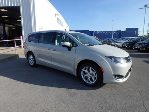 2017 Chrysler Pacifica for sale in Cape Girardeau MO