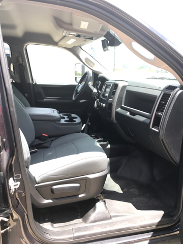 2015 RAM Ram Pickup 3500 Tradesman 4x4 4dr Crew Cab 8 ft. LB Pickup - Gonzales TX