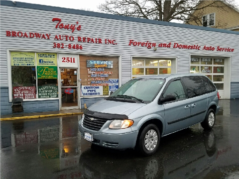 2006 Chrysler Town and Country for sale in Schenectady, NY