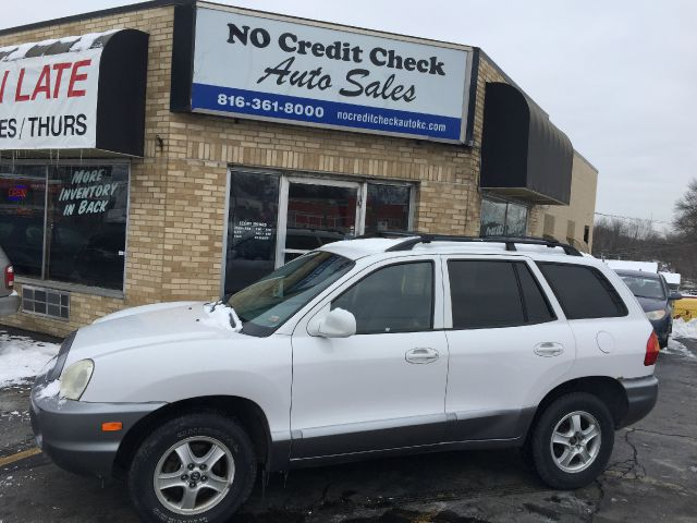 used 2004 hyundai santa fe gls awd 4dr in kansas city mo at no credit check auto sales. Black Bedroom Furniture Sets. Home Design Ideas