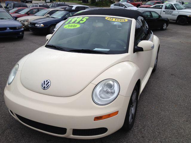 2006 Volkswagen New Beetle for sale in Evansville IN