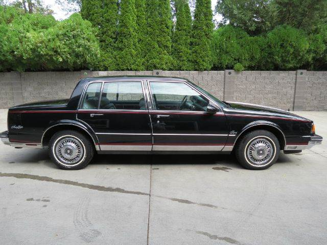 1987 Oldsmobile Ninety-Eight