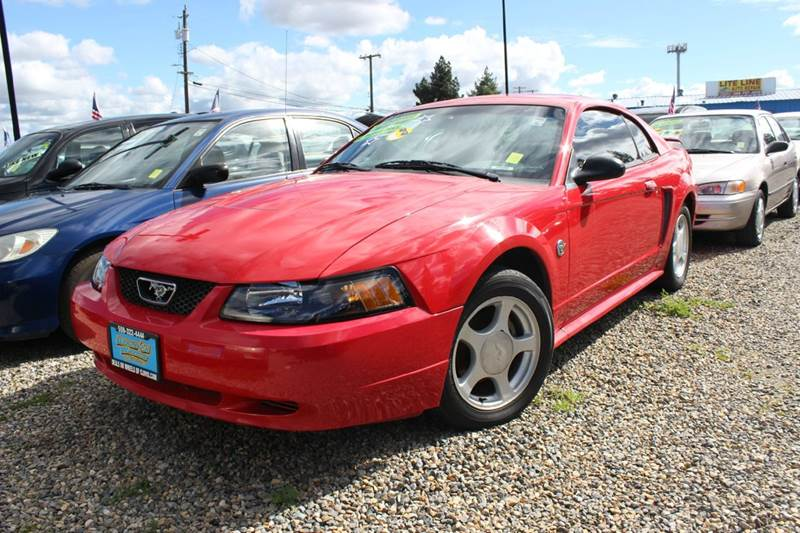 2004 Ford Mustang 2dr Coupe - Clovis CA