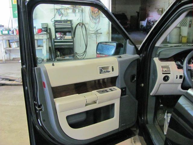 2009 Ford Flex AWD SEL Crossover 4dr - Grant MI