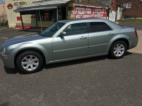 2005 Chrysler 300 for sale in Camden, NJ