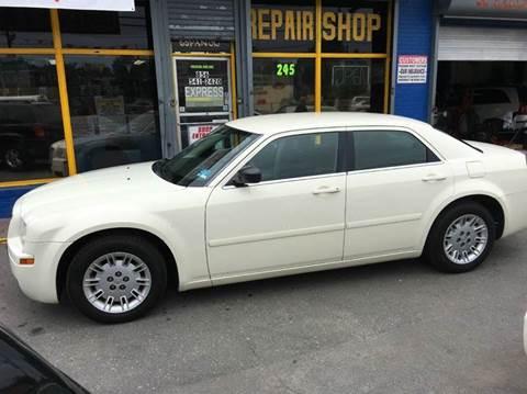 2006 Chrysler 300 for sale in Camden, NJ