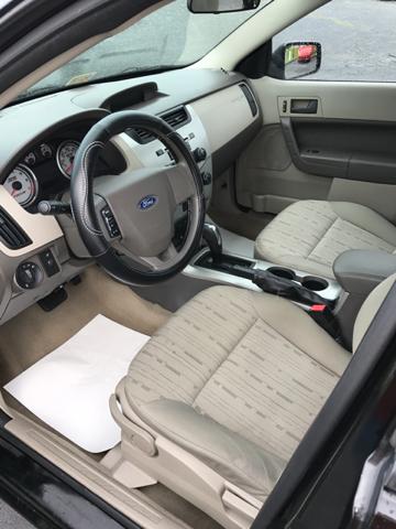 2010 Ford Focus SE 4dr Sedan - Bristol VA