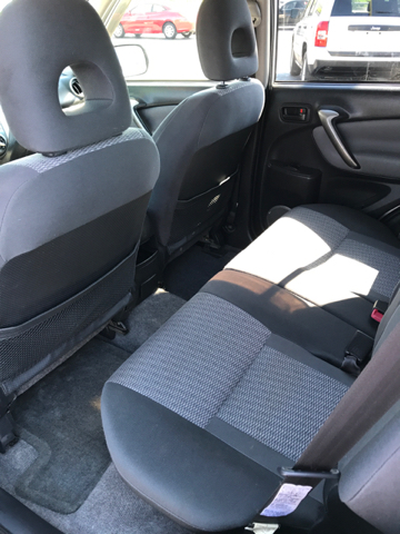 2004 Toyota RAV4 AWD 4dr SUV - Bristol VA