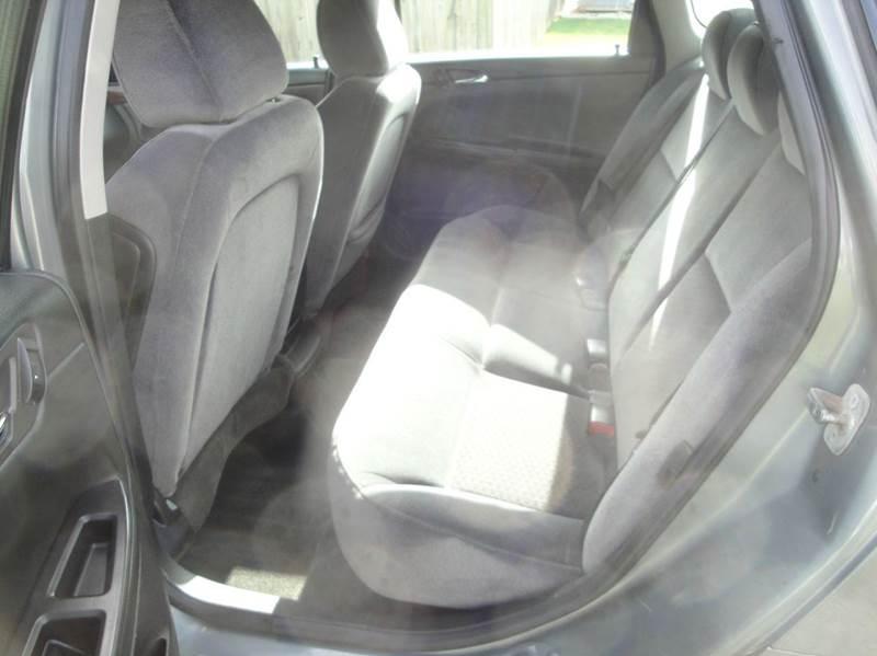 2009 Chevrolet Impala LT 4dr Sedan - Hoopeston IL