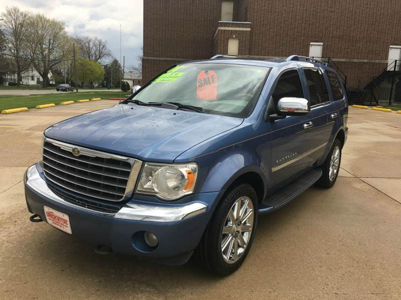 2008 Chrysler Aspen Limited 4x4 4dr SUV - Hoopeston IL