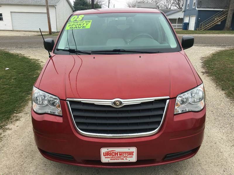 2008 Chrysler Town and Country LX 4dr Mini Van - Hoopeston IL