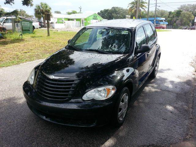 chrysler pt cruiser for sale in tarpon springs fl. Black Bedroom Furniture Sets. Home Design Ideas