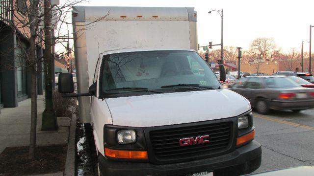 2006 GMC Savana Cutaway
