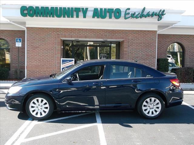 2013 Chrysler 200 for sale in Wildwood FL