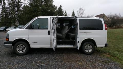 2004 Chevrolet Express Passenger for sale in Thorp, WI
