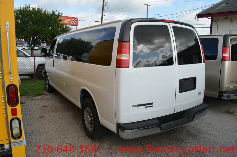 2014 Chevrolet Express Cargo 1500 3dr Cargo Van - San Antonio TX